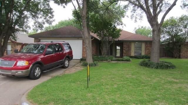 426 Revolution Lane, Arlington, TX 76002 (MLS #14462123) :: Potts Realty Group