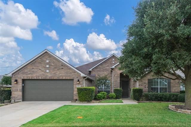 9001 Crestview Drive, Denton, TX 76207 (MLS #14462522) :: Potts Realty Group