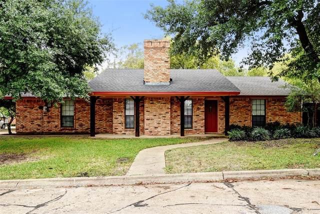1500 N Gaines Street, Ennis, TX 75119 (MLS #14463345) :: Post Oak Realty