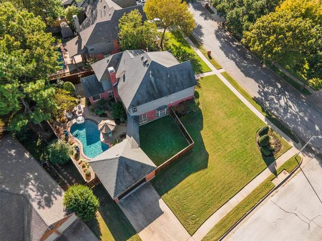 1098 Woodbriar Drive, Grapevine, TX 76051 (MLS #14463688) :: Real Estate By Design
