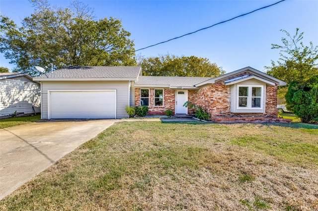 1303 S Medora Street, Terrell, TX 75160 (MLS #14464235) :: All Cities USA Realty