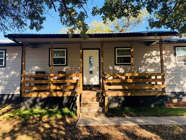 218 Atwood Road, Granbury, TX 76049 (MLS #14464374) :: Real Estate By Design