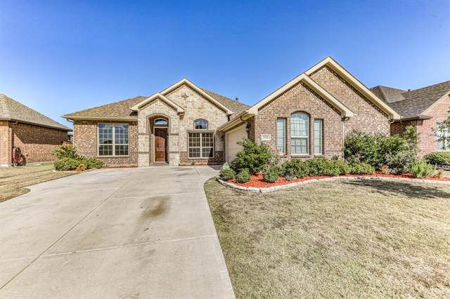 2956 Ladoga Drive, Grand Prairie, TX 75054 (MLS #14464397) :: Keller Williams Realty
