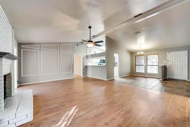 2108 Rainwood Court, Arlington, TX 76017 (MLS #14464902) :: The Mauelshagen Group