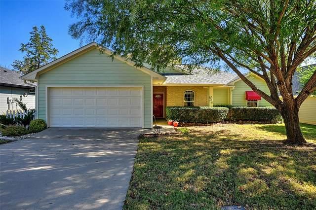 3208 Belle Avenue, Denison, TX 75020 (MLS #14465291) :: The Kimberly Davis Group