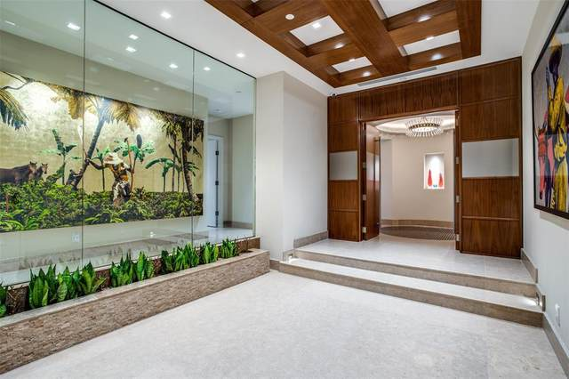 2300 Wolf 16BC, Dallas, TX 75201 (MLS #14465725) :: The Mitchell Group