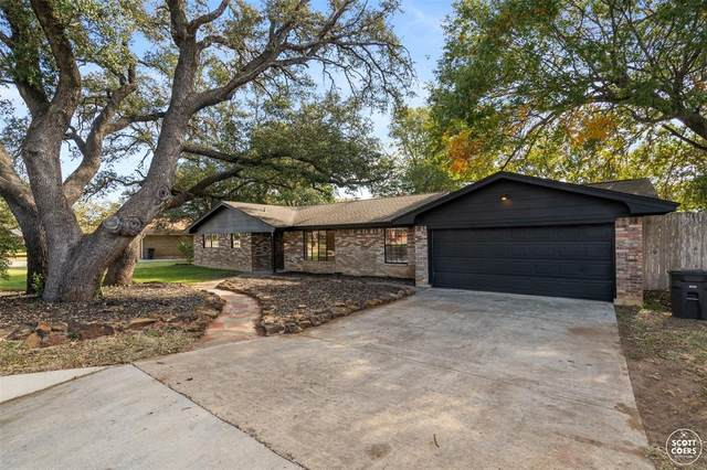 611 Old Comanche Road, Early, TX 76802 (MLS #14466841) :: The Mauelshagen Group