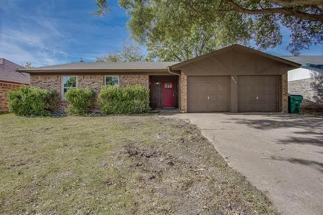 8013 Berrybrook Drive, Watauga, TX 76148 (MLS #14467078) :: Real Estate By Design