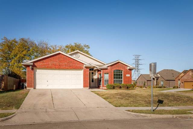 776 Oriole Drive, Saginaw, TX 76131 (MLS #14467480) :: NewHomePrograms.com LLC