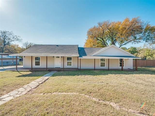 3201 Mohawk Trail, Lake Worth, TX 76135 (MLS #14467495) :: Real Estate By Design
