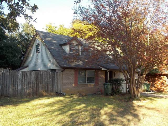 1201 Woodbrook Street, Arlington, TX 76011 (MLS #14467899) :: Premier Properties Group of Keller Williams Realty