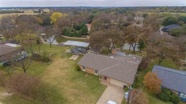 319 Casas Del Sur Street, Granbury, TX 76049 (MLS #14468198) :: Trinity Premier Properties