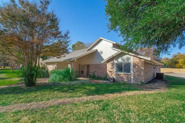 2301 Merrimac Drive, Plano, TX 75075 (MLS #14469390) :: Real Estate By Design