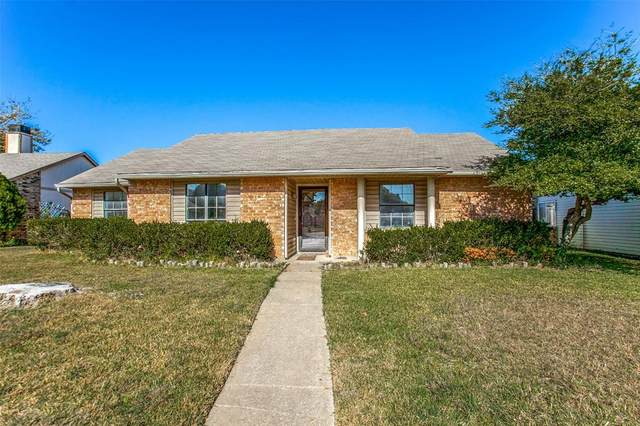 217 Camilla Lane, Garland, TX 75040 (MLS #14469405) :: Real Estate By Design