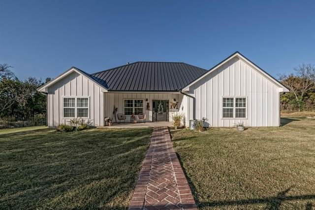 536 E Third Street, Hico, TX 76457 (MLS #14470405) :: Keller Williams Realty
