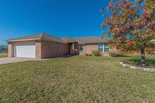 3936 Country Meadows Circle, Granbury, TX 76049 (MLS #14470623) :: The Mauelshagen Group