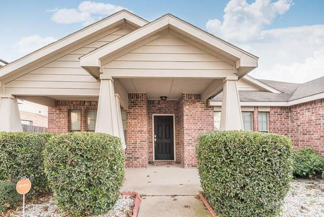 12117 Treeline Drive, Fort Worth, TX 76036 (MLS #14470651) :: NewHomePrograms.com LLC