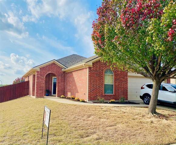6313 Seal Cove, Fort Worth, TX 76179 (MLS #14470732) :: The Paula Jones Team | RE/MAX of Abilene