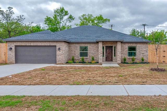 4821 Ash Street, North Richland Hills, TX 76180 (#14470808) :: Homes By Lainie Real Estate Group