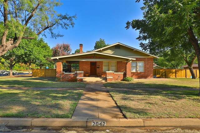 2042 S 8th Street, Abilene, TX 79602 (MLS #14470958) :: The Paula Jones Team   RE/MAX of Abilene