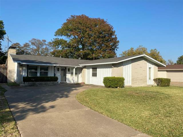 3409 High Vista Drive, Dallas, TX 75234 (MLS #14471311) :: Real Estate By Design