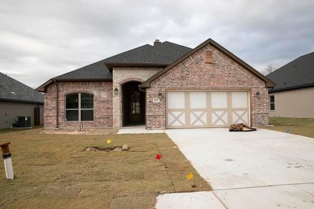 217 Buckeye, Weatherford, TX 76086 (MLS #14471887) :: Premier Properties Group of Keller Williams Realty