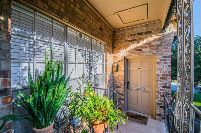 4349 S Bellaire Drive S #228, Fort Worth, TX 76109 (MLS #14471902) :: The Heyl Group at Keller Williams