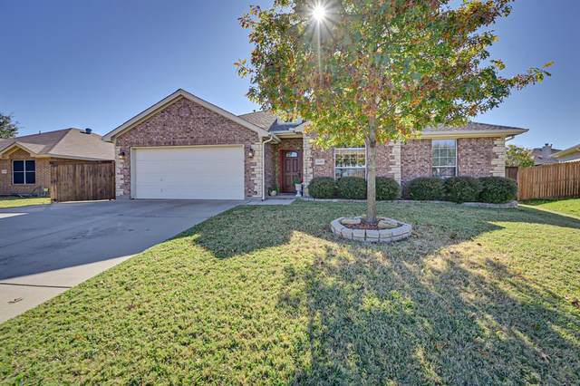 4606 Valleyview Drive, Mansfield, TX 76063 (MLS #14472172) :: The Kimberly Davis Group
