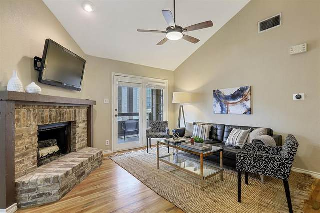 5200 Martel Avenue 37C, Dallas, TX 75206 (#14472280) :: Homes By Lainie Real Estate Group