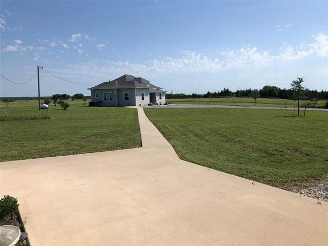 4882 County Road 3735, Wolfe City, TX 75496 (MLS #14472333) :: The Kimberly Davis Group