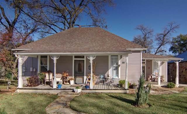 524 W Spring Street, Weatherford, TX 76086 (MLS #14472427) :: The Star Team | JP & Associates Realtors
