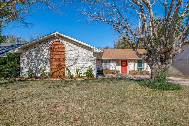 442 Oak Ridge Place, Grand Prairie, TX 75052 (MLS #14472813) :: The Paula Jones Team | RE/MAX of Abilene