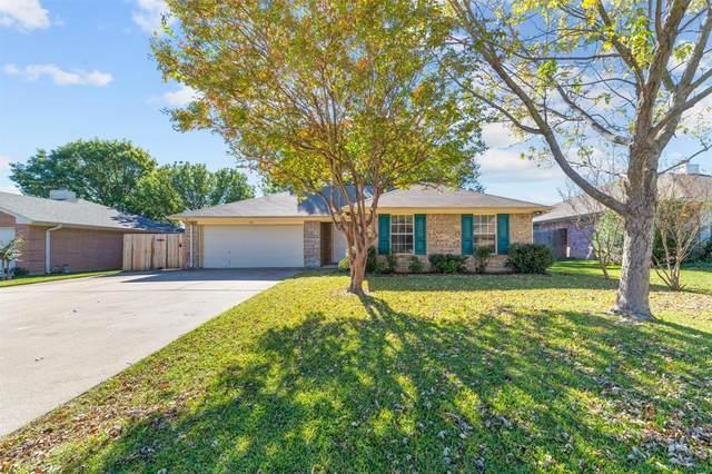 742 Windridge Lane, Burleson, TX 76028 (MLS #14473023) :: The Heyl Group at Keller Williams