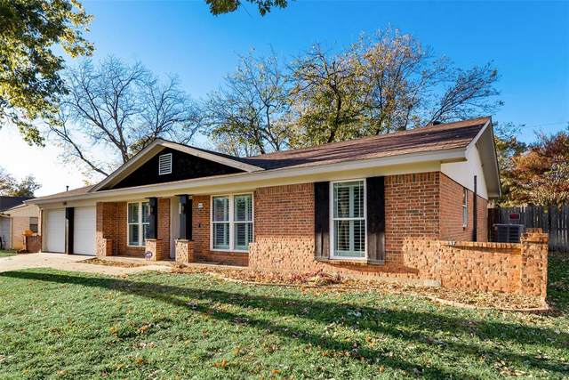 1917 Mesquite Trail, Hurst, TX 76054 (MLS #14473352) :: The Paula Jones Team | RE/MAX of Abilene
