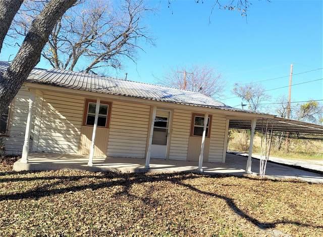 900 W Walcott Avenue, Comanche, TX 76442 (MLS #14473353) :: The Chad Smith Team
