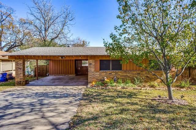 2104 Bluebonnet Avenue, Denison, TX 75020 (MLS #14473947) :: The Kimberly Davis Group