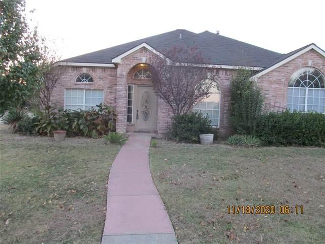 800 Crooked Creek Lane, Desoto, TX 75115 (MLS #14473984) :: RE/MAX Pinnacle Group REALTORS