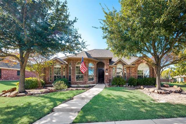 2919 Painted Pony Lane, Rockwall, TX 75087 (MLS #14474005) :: Premier Properties Group of Keller Williams Realty