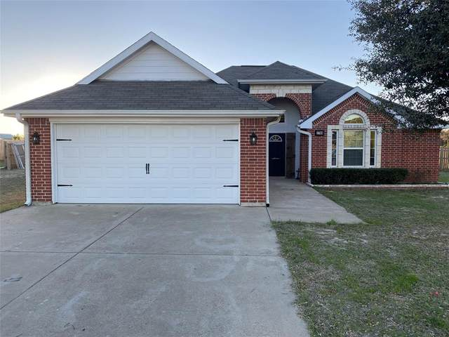 1700 Meadowview Street, Athens, TX 75752 (MLS #14474015) :: The Mauelshagen Group
