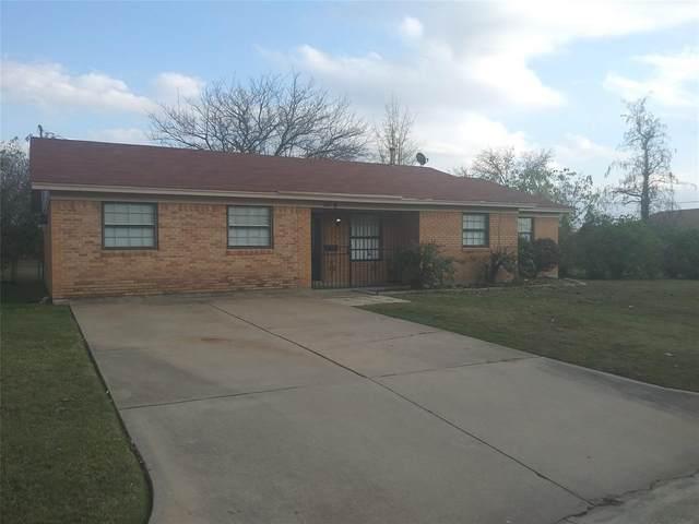 6825 Rustic Drive, Forest Hill, TX 76140 (MLS #14474024) :: RE/MAX Landmark