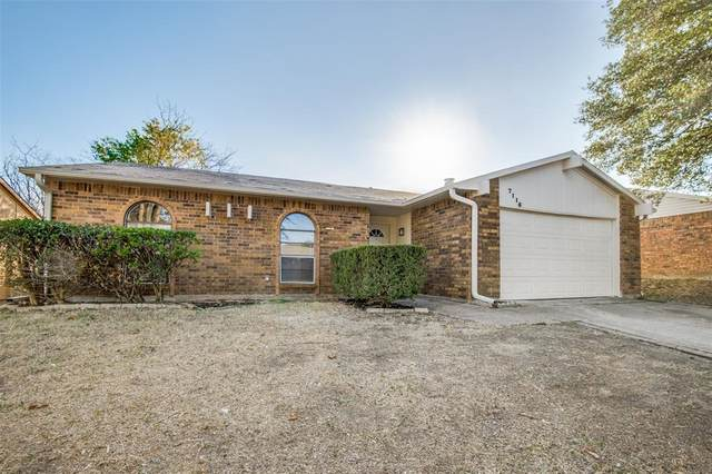 7116 Winterberry, Dallas, TX 75249 (MLS #14474031) :: The Heyl Group at Keller Williams