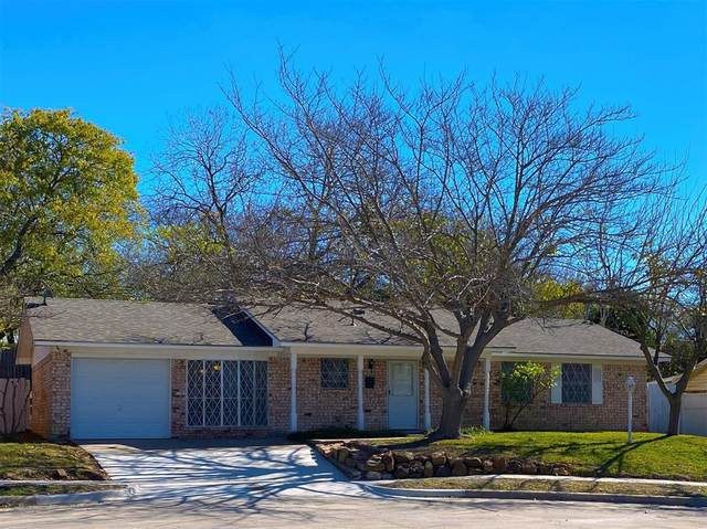 4508 Wilson Court, Lake Worth, TX 76135 (MLS #14474056) :: Real Estate By Design