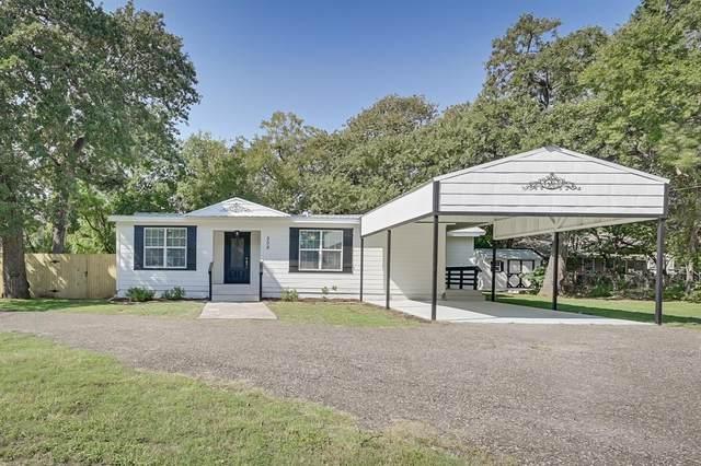 508 S Robinson Street, Cleburne, TX 76031 (MLS #14474441) :: NewHomePrograms.com LLC