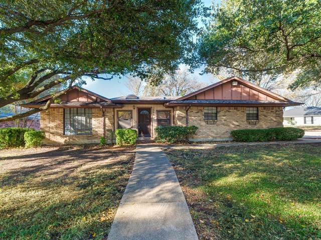 1525 Clover Hill Road, Mansfield, TX 76063 (MLS #14474559) :: RE/MAX Pinnacle Group REALTORS