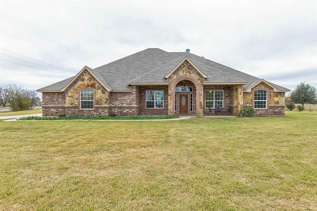 535 Christenberry Road, Springtown, TX 76082 (MLS #14474850) :: The Kimberly Davis Group