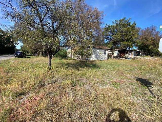 3032 Oak Wood Street, Granbury, TX 76048 (MLS #14474941) :: The Kimberly Davis Group