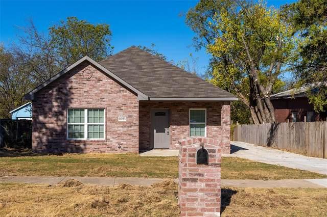 1025 E Harvey Avenue, Fort Worth, TX 76104 (MLS #14474969) :: The Heyl Group at Keller Williams