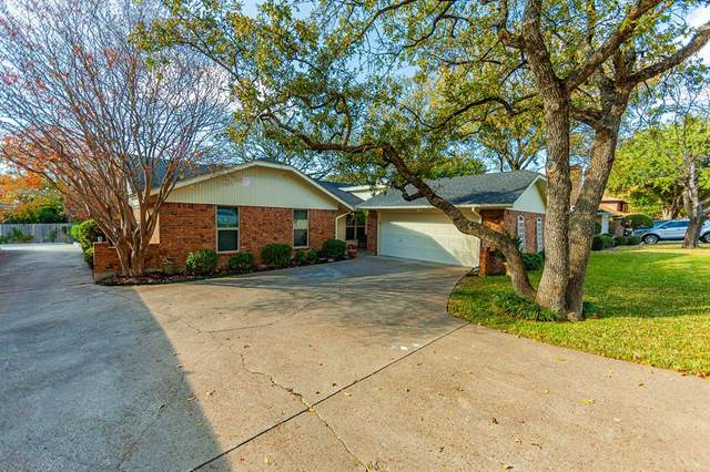 1021 Windmill Lane, Irving, TX 75061 (#14475180) :: Homes By Lainie Real Estate Group