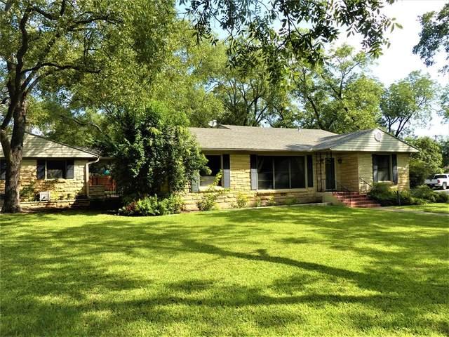 602 W 14th, Brady, TX 76825 (MLS #14475245) :: Real Estate By Design