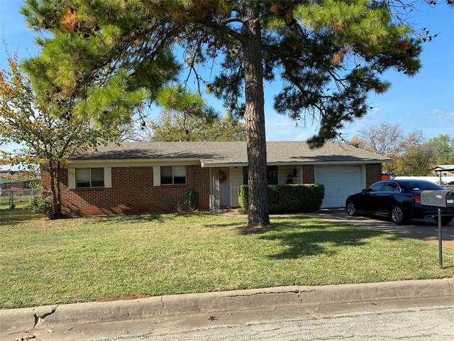 1402 SE 23rd Avenue, Mineral Wells, TX 76067 (MLS #14475298) :: Hargrove Realty Group